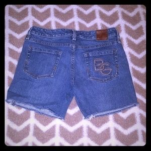 BCBGENERATION Cut off shorts